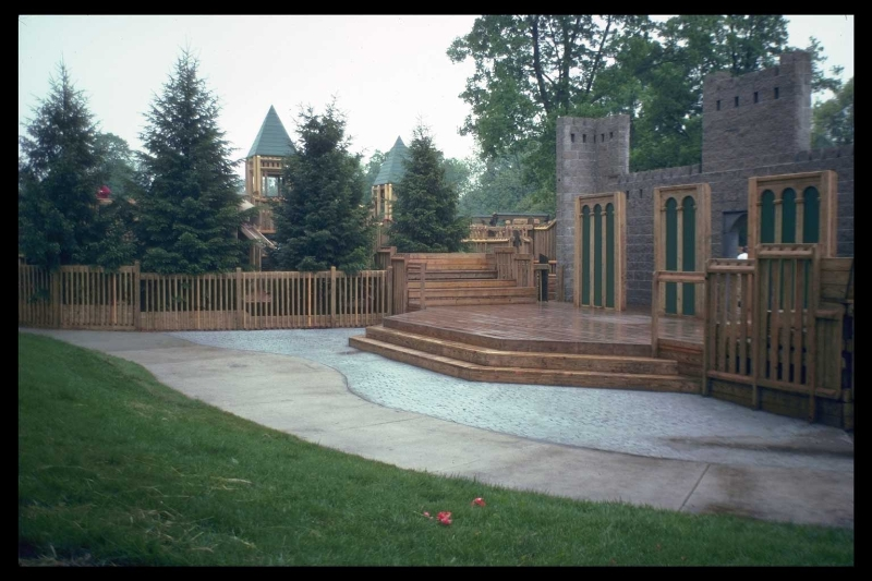 castle-amphitheatre-1